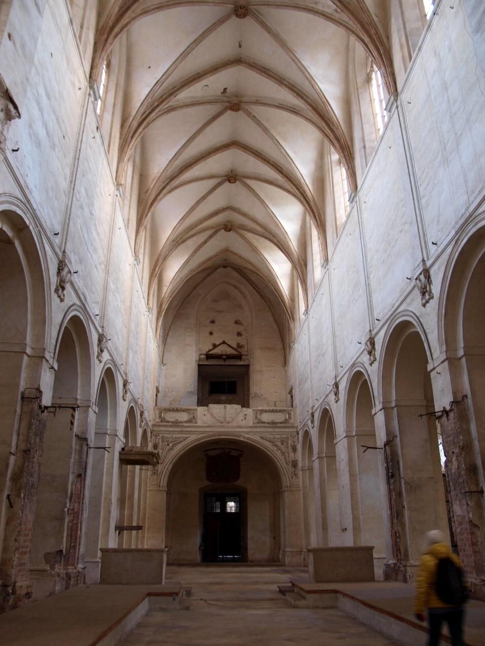 klasztorny kościół w lubiążu